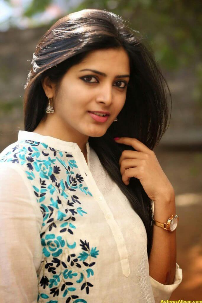 Pavani Gangireddy Hot Photos In White Dress 2