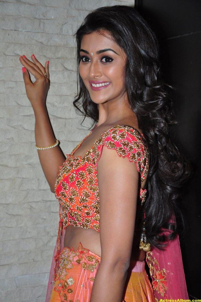 Pooja Jhaveri Hot Stills In Pink Dress 6