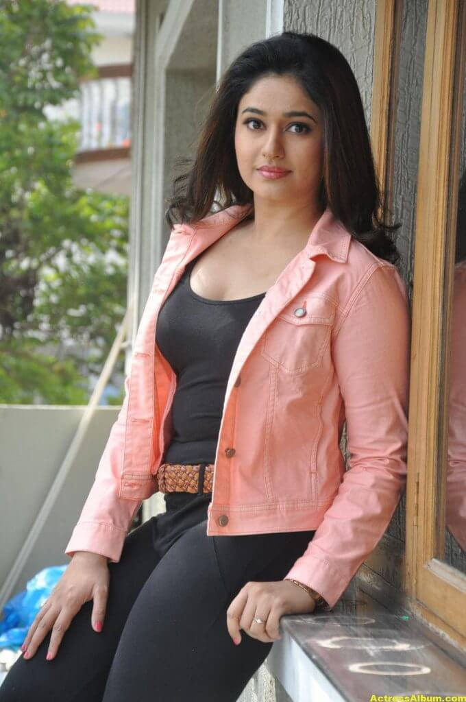 Poonam Bajwa Latest Photoshoot In Pink Dress 8