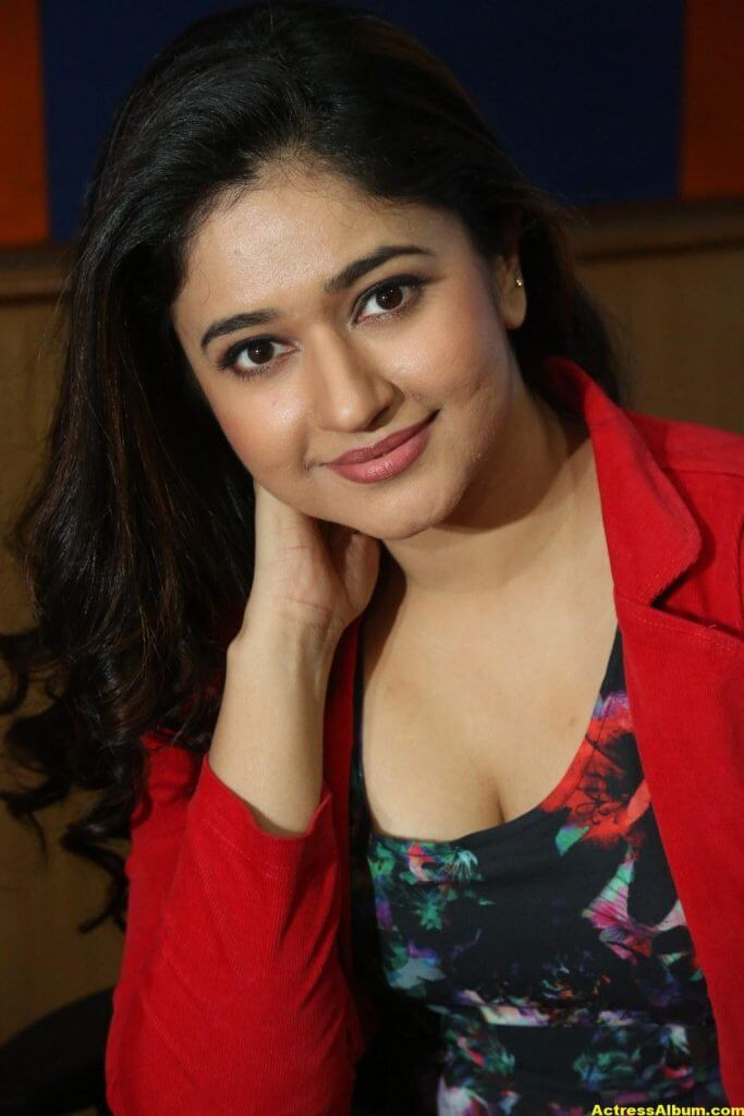 Poonam Bajwa Photos At Radio City In Red Dress 5