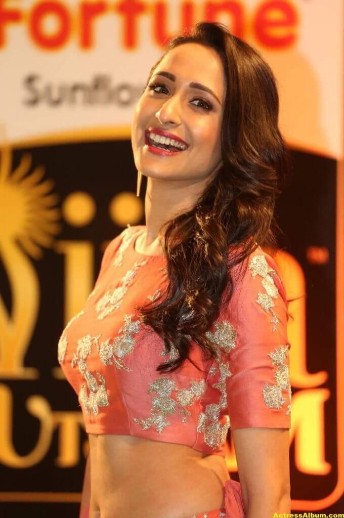 Pragya Jaiswal Hot Stills At IIFA Utsavam Awards 7