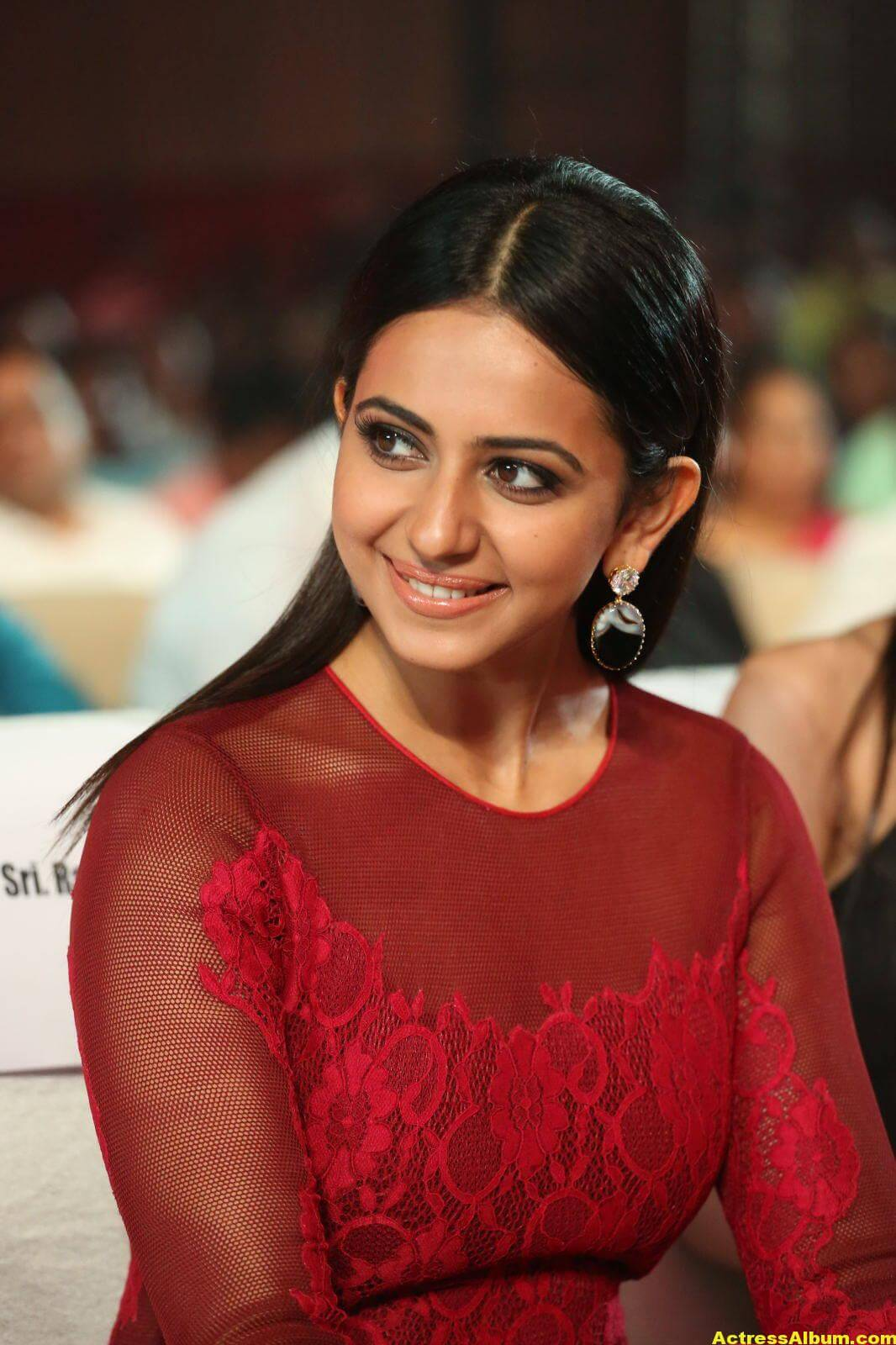 Rakul Preet Latest Photos in Pink Dress 5