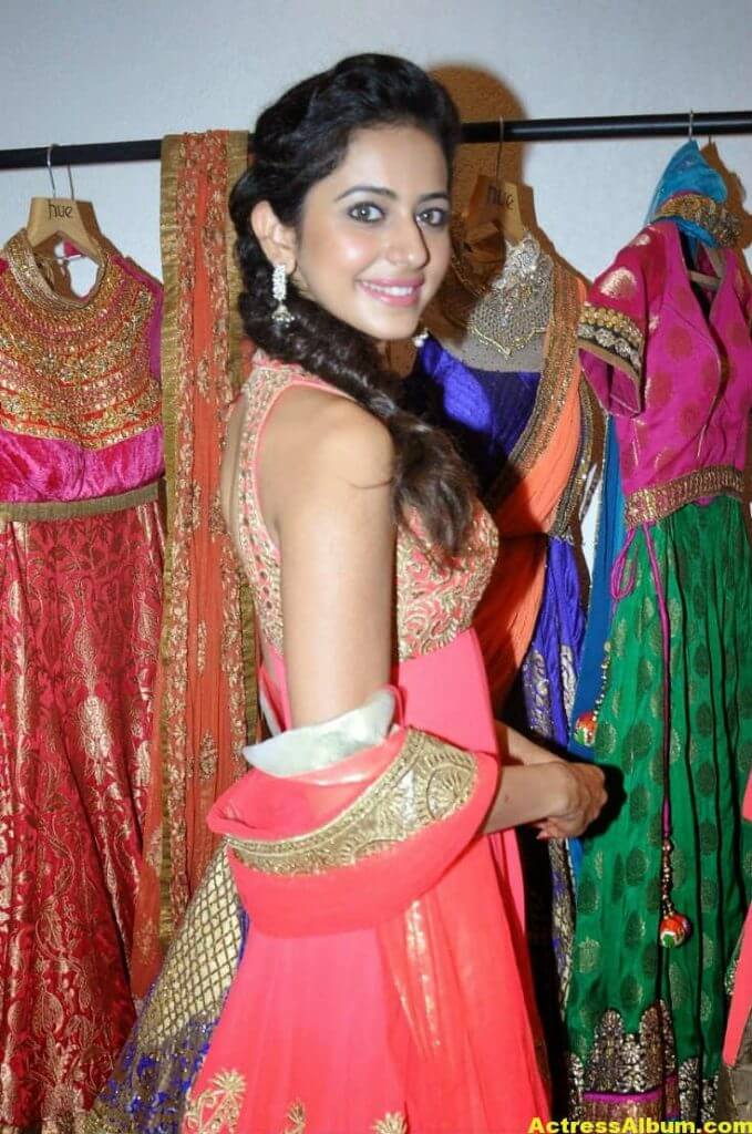 Rakul Preet Photos At Spring Summer 3