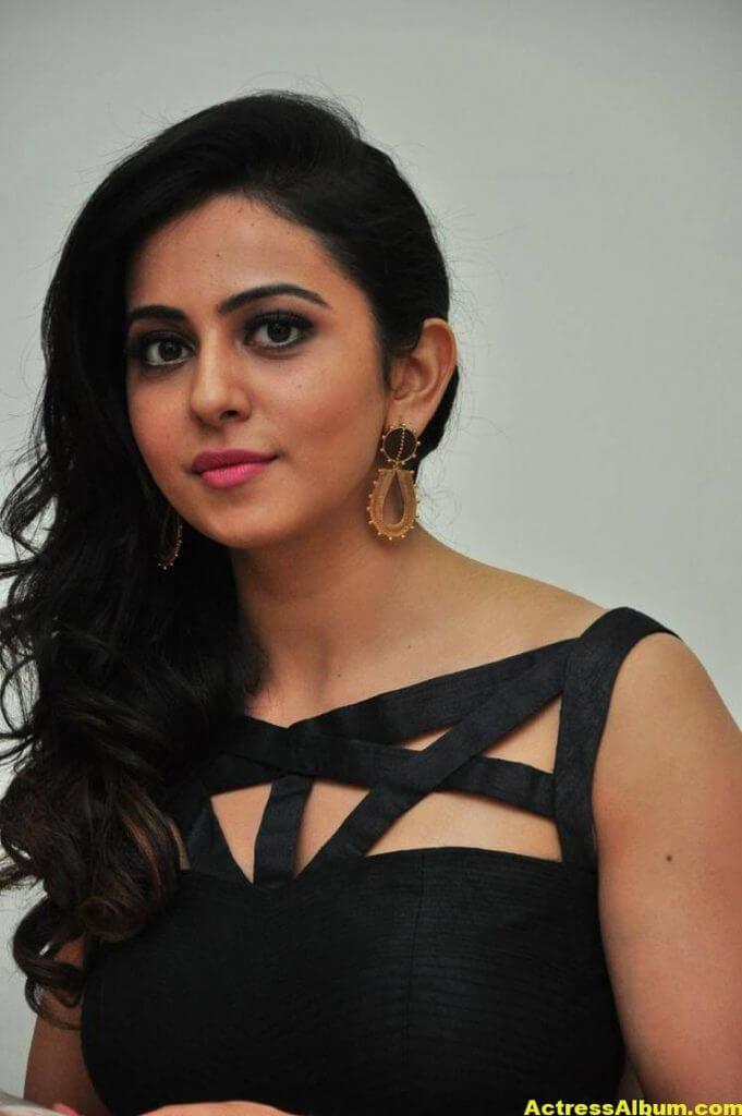 Rakul Preet Singh Images At Audio Launch In Black Dress 5