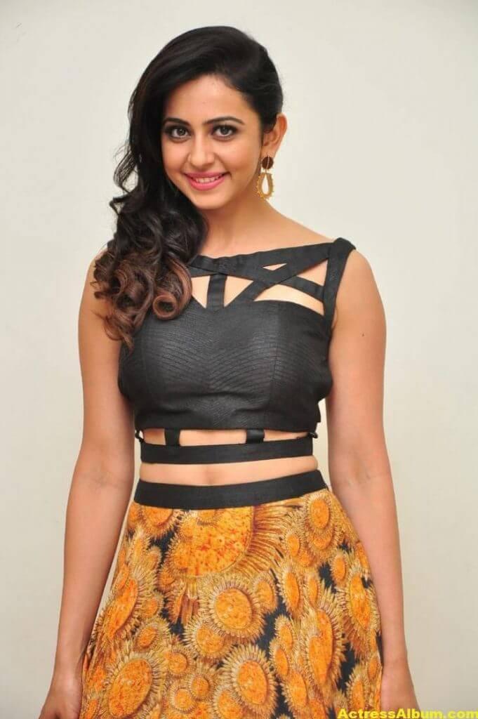 Rakul Preet Singh Images At Audio Launch In Black Dress 6