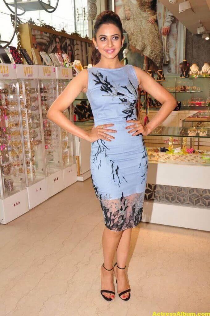 Rakul Preet Singh In Blue Dress Cute Photos 5