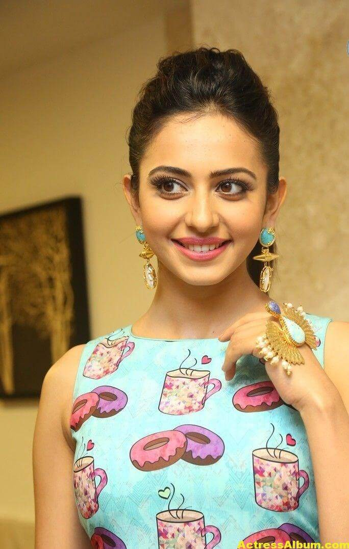 Rakul Preet Singh New Photoshoot Stills 1