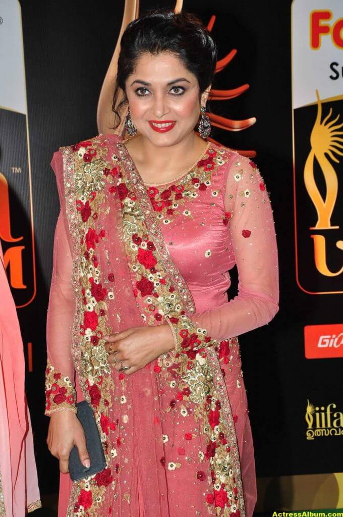 Ramya Krishna Hot Photos At IIFA Utsavam Awards 2