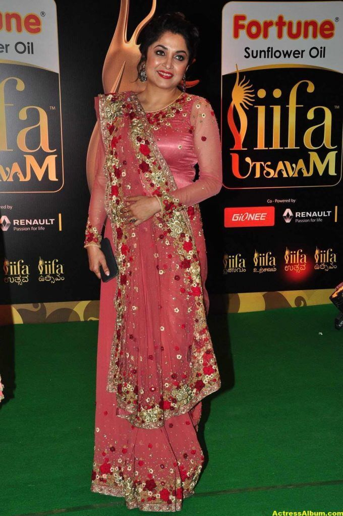 Ramya Krishna Hot Photos At IIFA Utsavam Awards 3