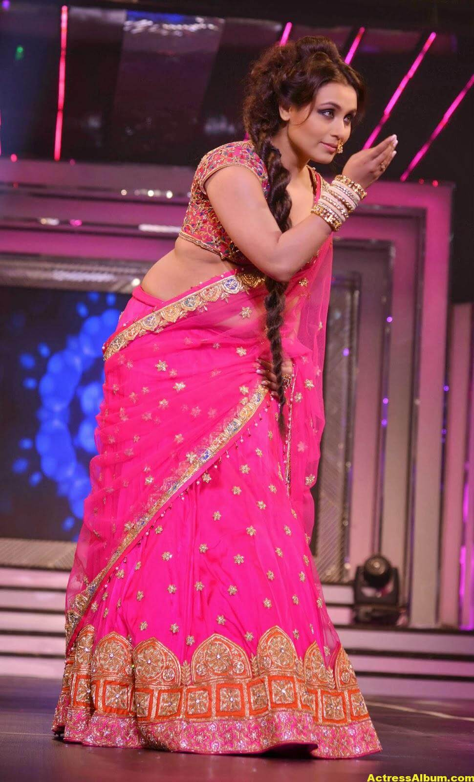 Rani Mukerji Latest Hot Photos In Pink Half Saree 5