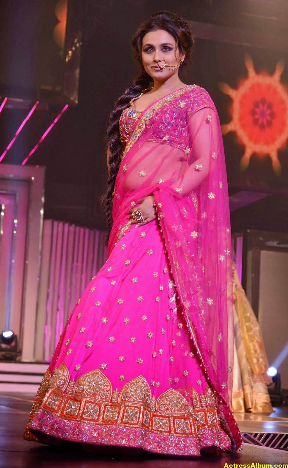 Rani Mukerji Latest Hot Photos In Pink Half Saree 6
