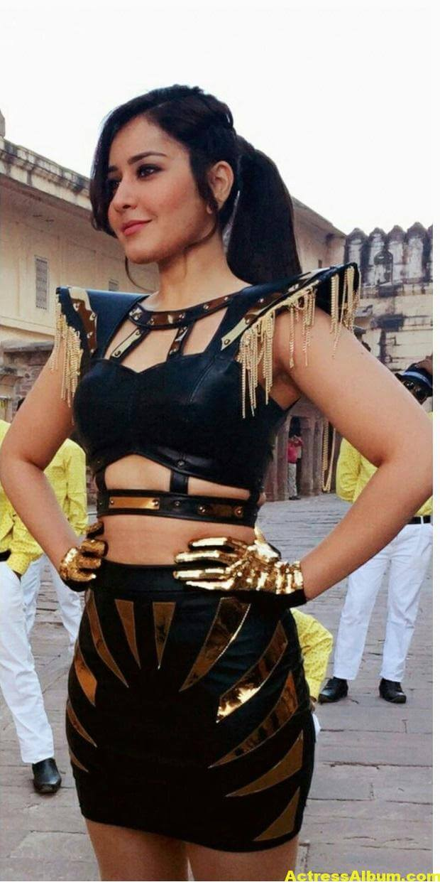 Rashi Khanna Hot Photoshoot