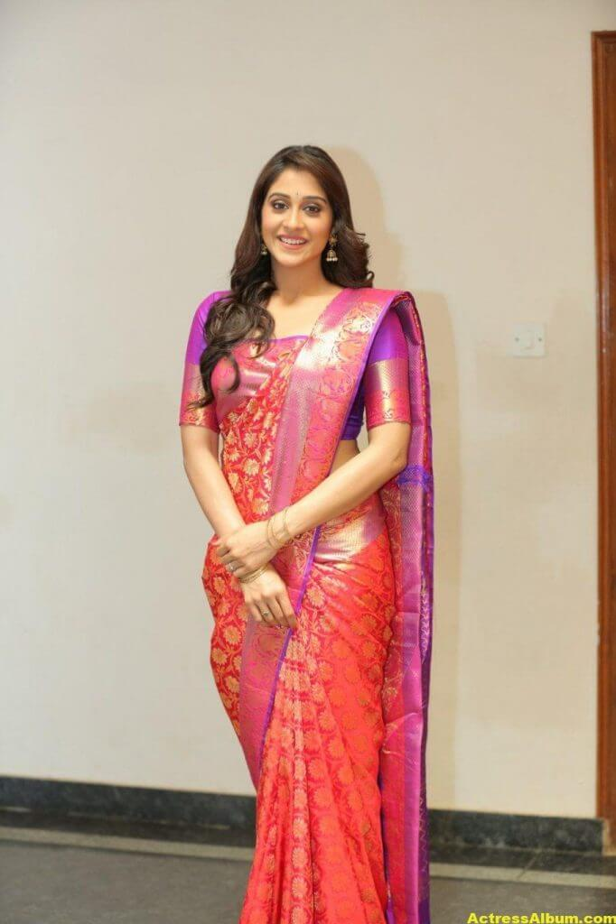 Regina Cassandra At Shopping Mall Launch In Red Saree 5
