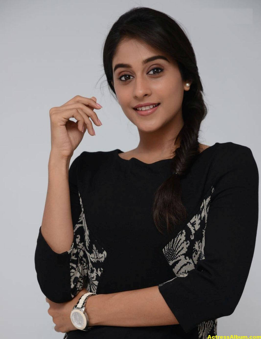 Regina Cassandra Cute Hot Photos In Black Dress 4