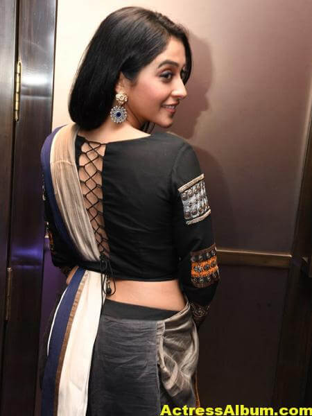Regina Cassandra Hot Stylish Stills 3