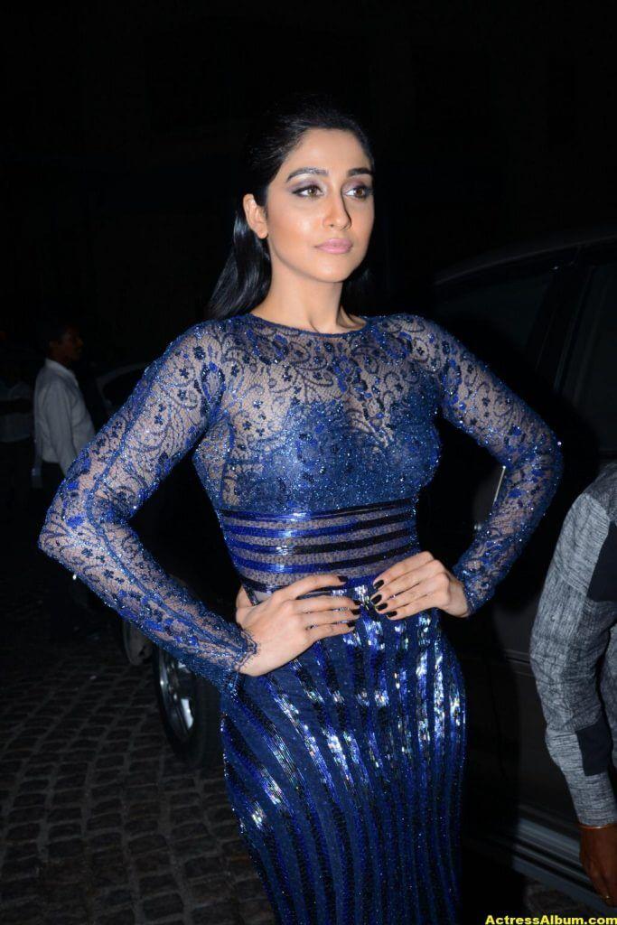 Regina Stills At Filmfare Awards In Blue Dress 2
