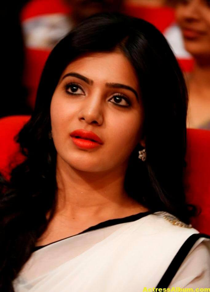 Samantha Hot In Navel Show Photos White Saree 3