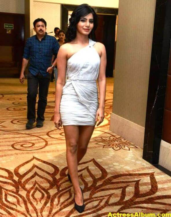Samantha Hot Photos In White Dress 4