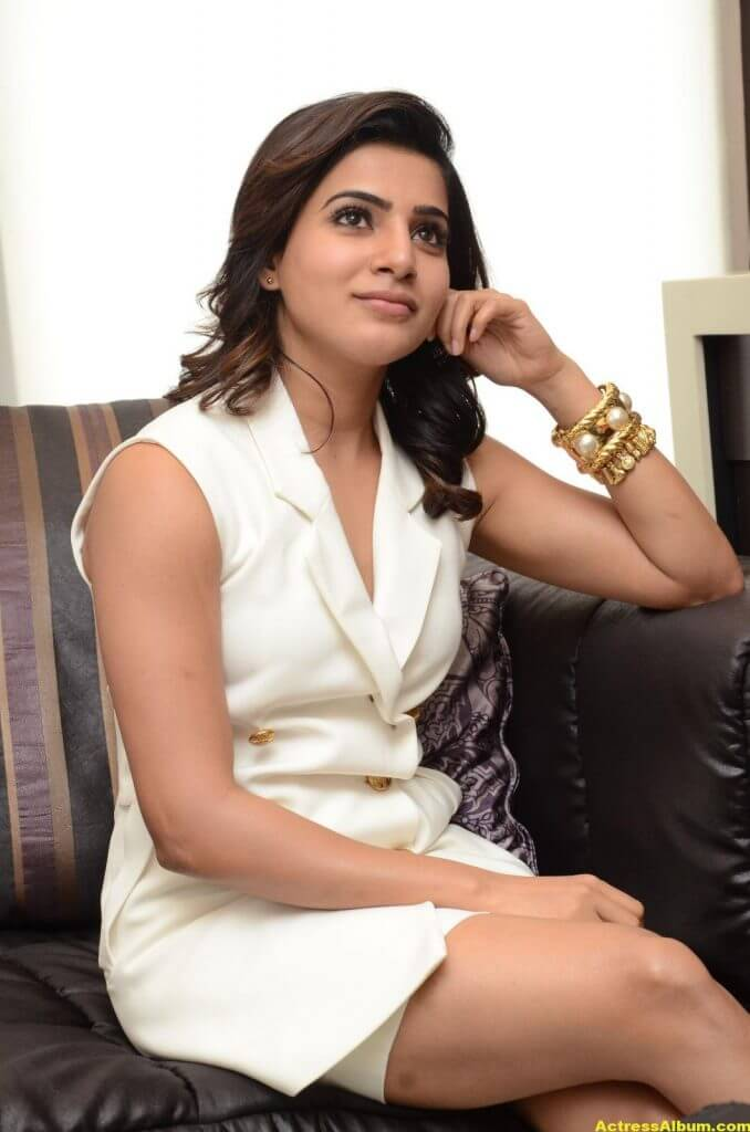 Samantha Hot Thigh Show Stills 1