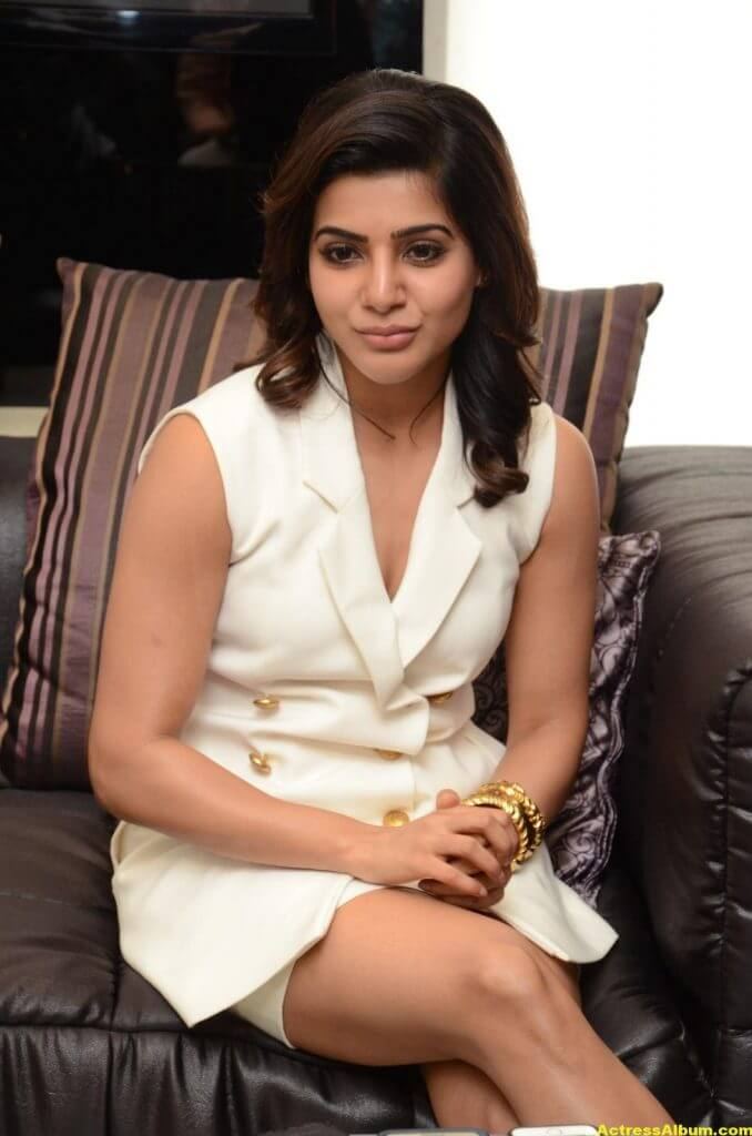 Samantha Hot Thigh Show Stills 2