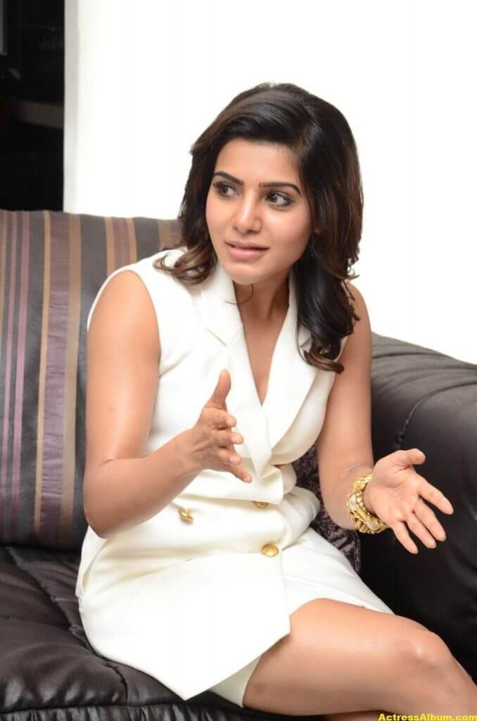 Samantha Hot Thigh Show Stills 7