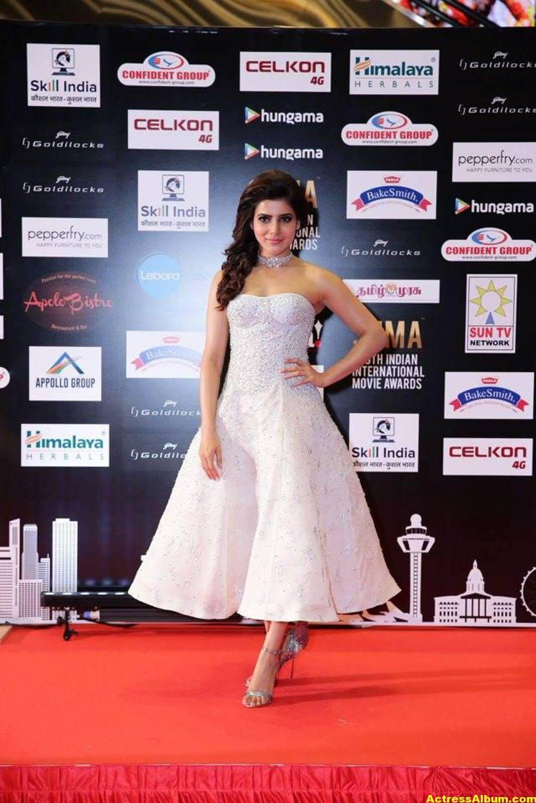 Samantha Photos In White Dress