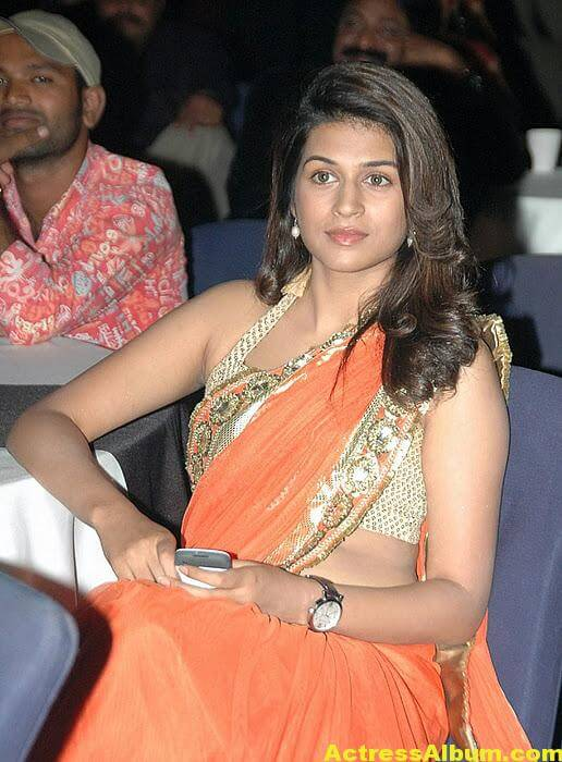 Shraddha Das Hot Spicy In Orange Saree 3