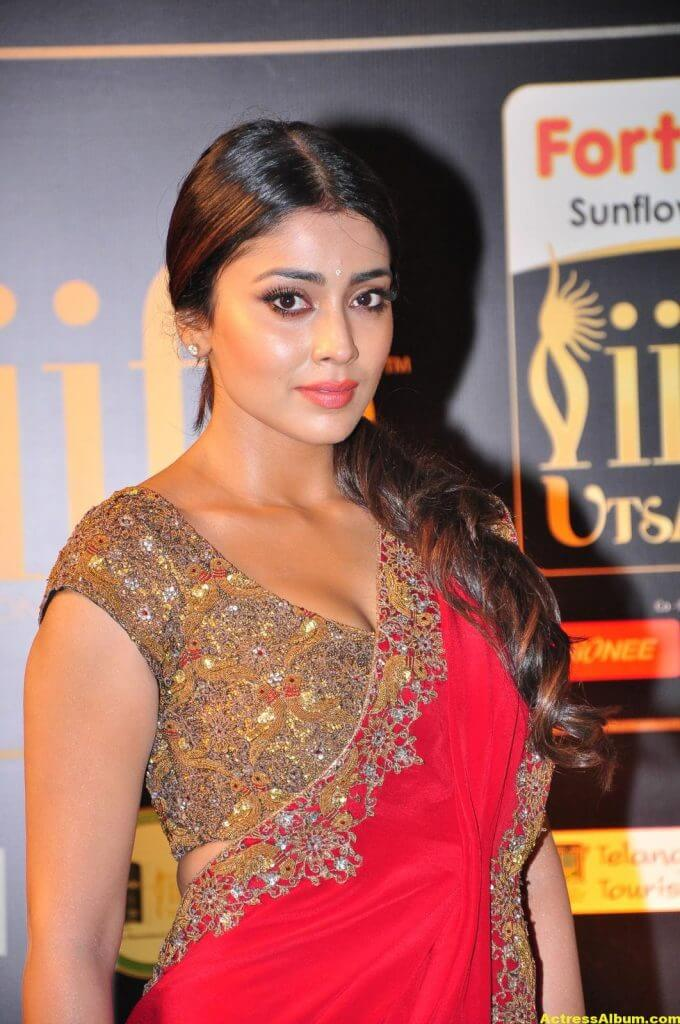 Shriya Saran Stills At IIFA Utsavam Awards In Red Saree