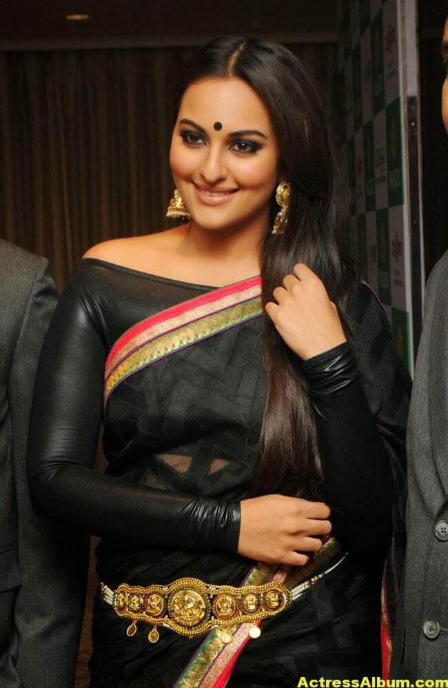 Sonakshi Sinha Latest Cute Black Saree Photos Gallery 1