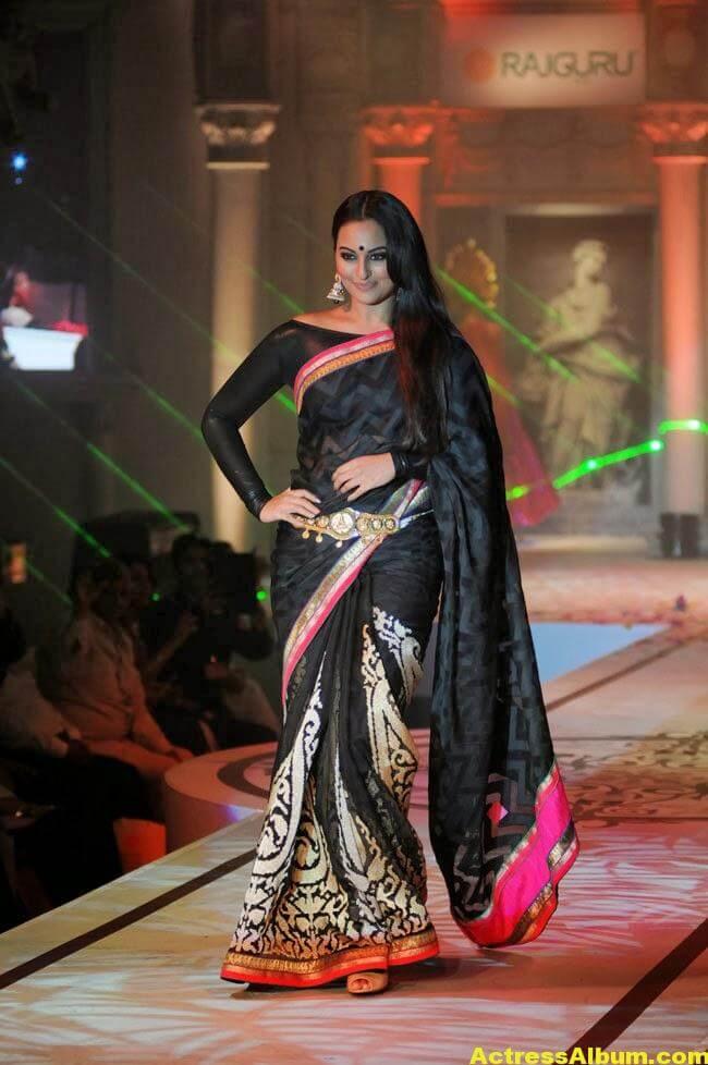Sonakshi Sinha Latest Cute Black Saree Photos Gallery 2