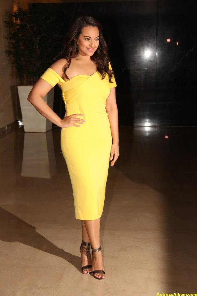 Sonakshi Sinha Photos In Colorful Yellow Dress 4