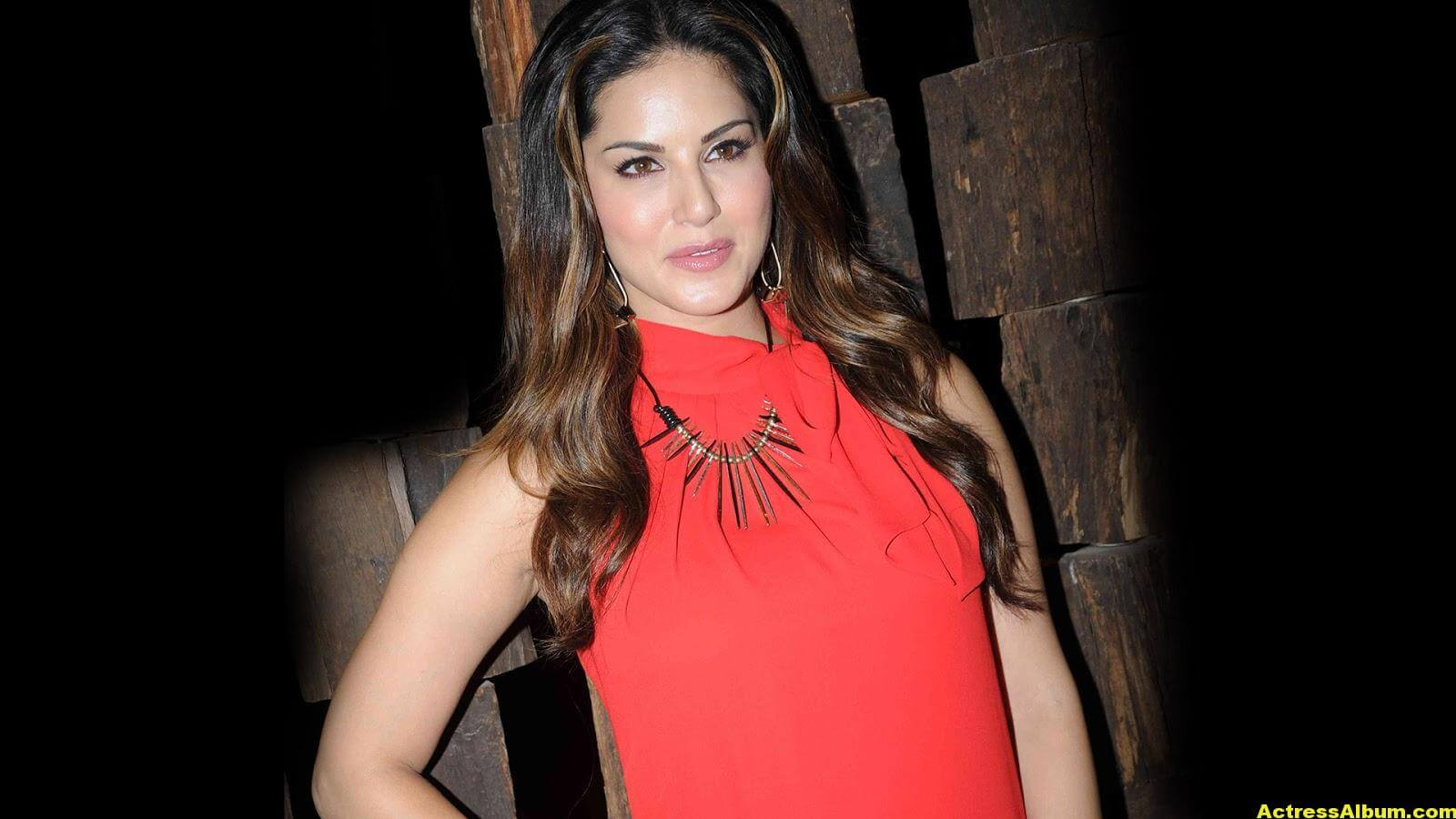 Sunny Leone Hot Cute Photos In Red Dress 2