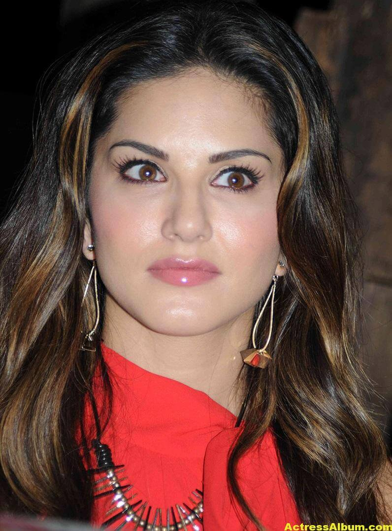 Sunny Leone Hot Cute Photos In Red Dress