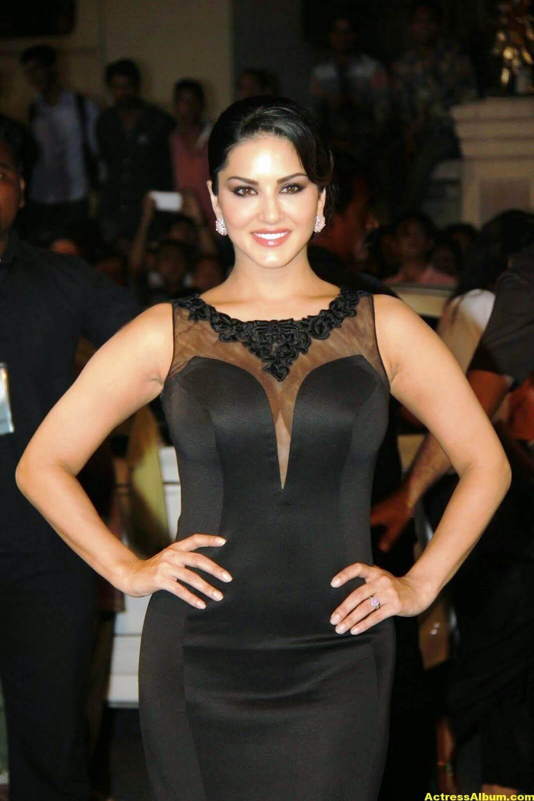 Sunny Leone Hot Photos In Black Dress - Actress Album-5944