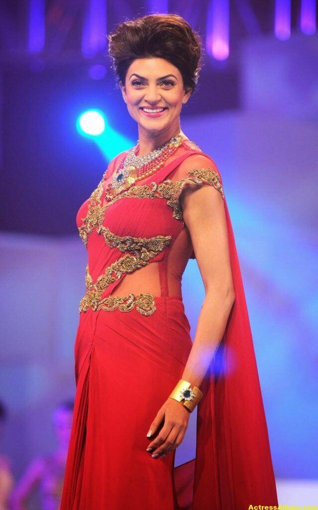 Sushmita Sen Hot Photos In Red Saree