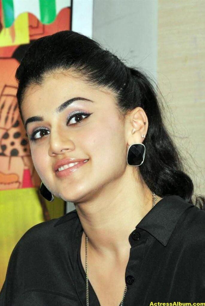 Badla Movie Actress