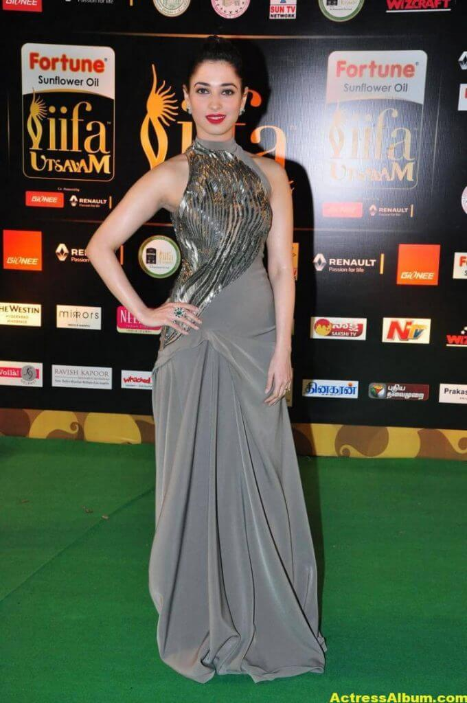 Tamanna Hot Stills At IIFA Utsavam Awards (1)