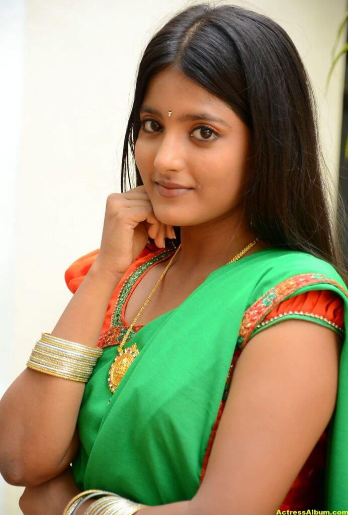 Ulka Gupta Photos In Traditional Green Half Saree (3)