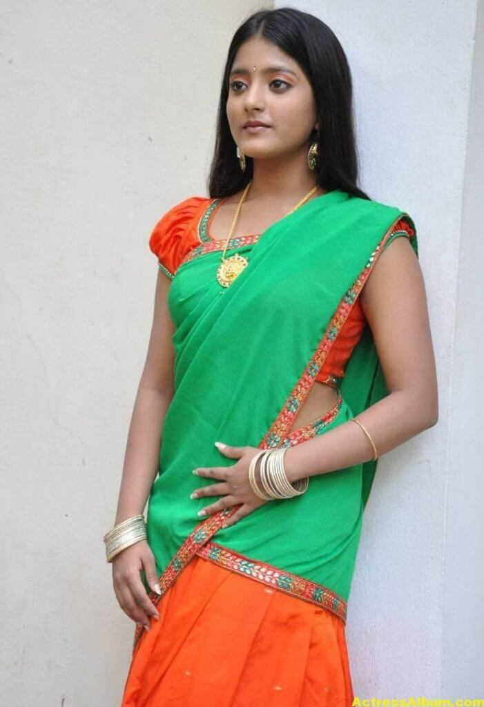 Ulka Gupta Photos In Traditional Green Half Saree (5)