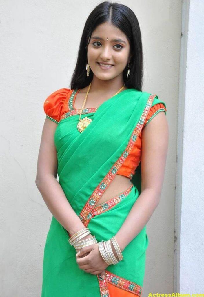 Ulka Gupta Photos In Traditional Green Half Saree (6)