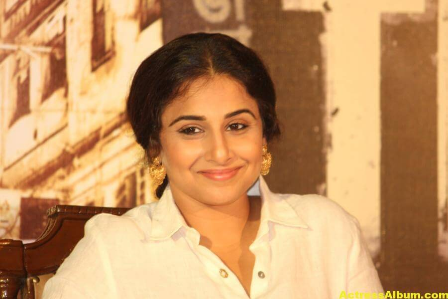 Vidya Balan Smiling Photos In White Dress 3