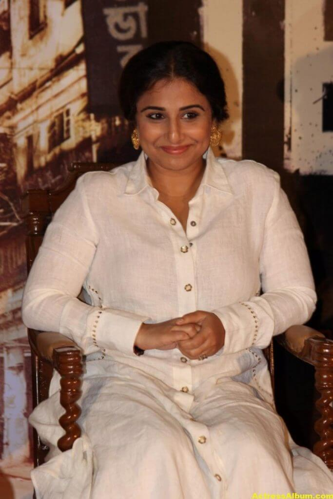 Vidya Balan Smiling Photos In White Dress 4