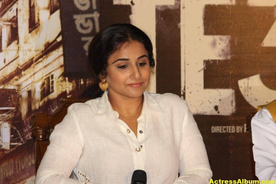 Vidya Balan Smiling Photos In White Dress 5