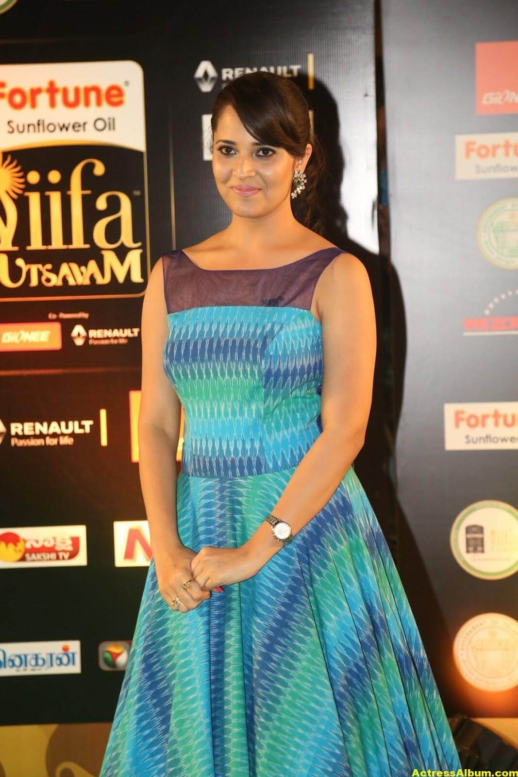 Anchor Anasuya Stills At IIFA Utsavam Awards 1