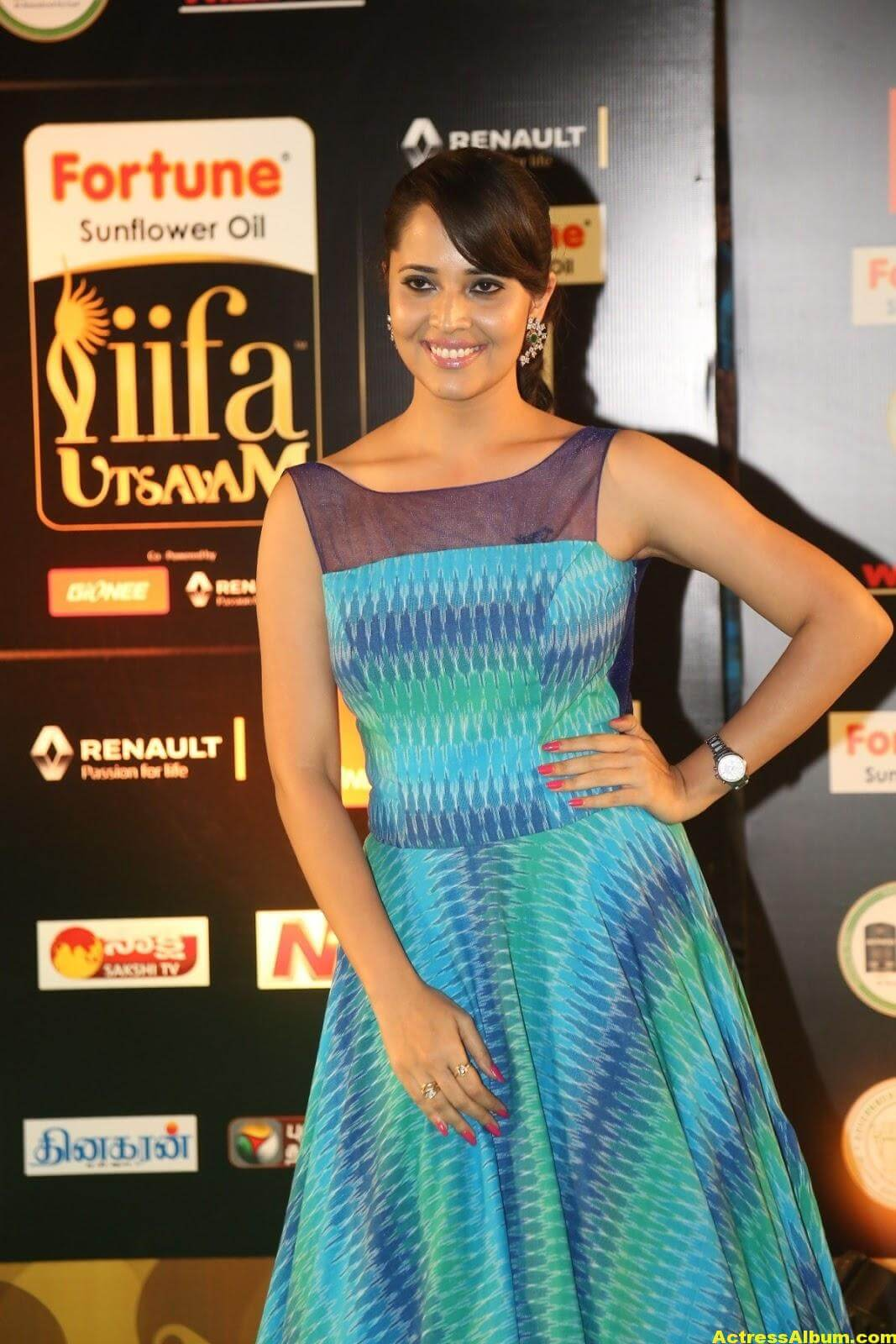 Anchor Anasuya Stills At IIFA Utsavam Awards 3