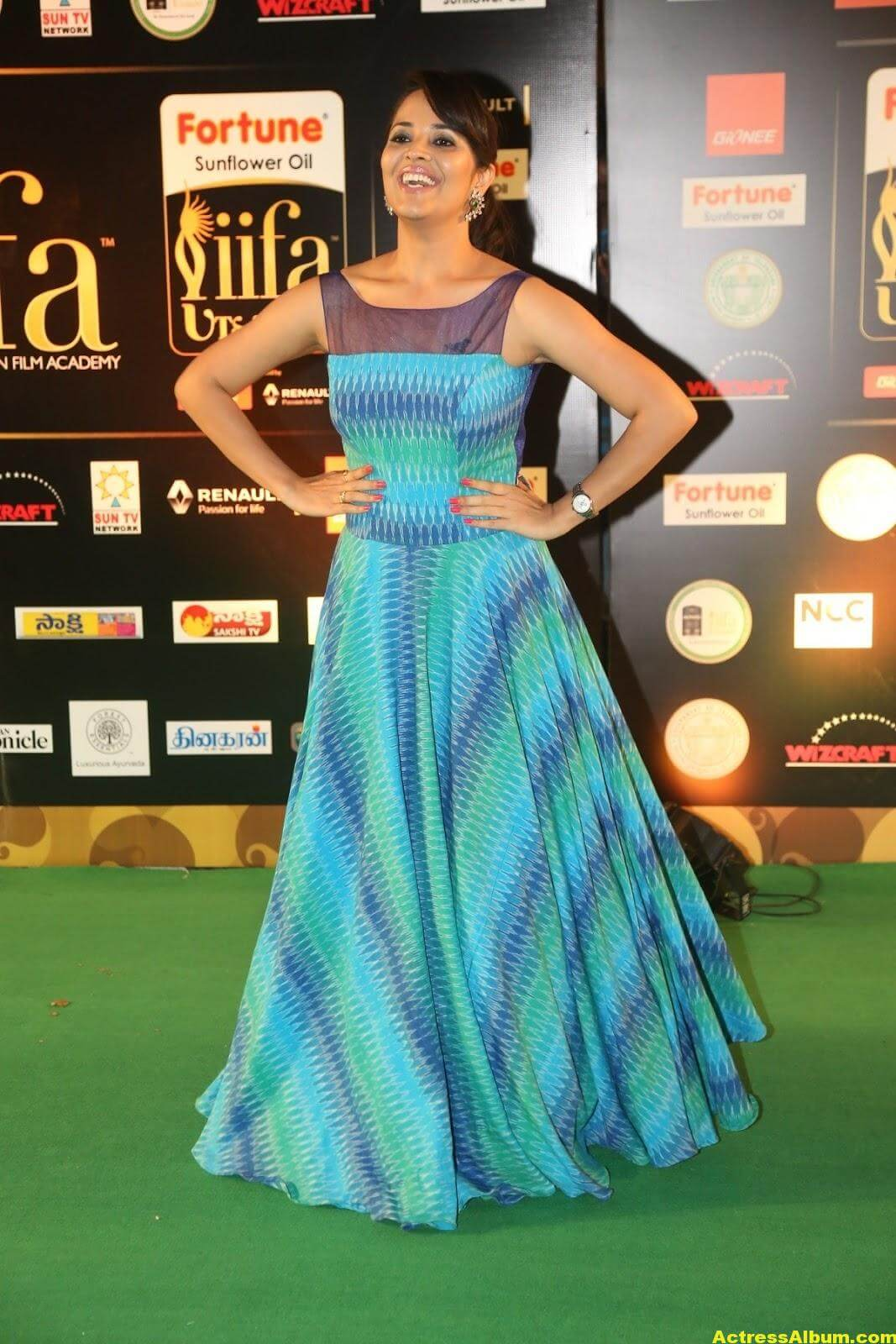 Anchor Anasuya Stills At IIFA Utsavam Awards 4