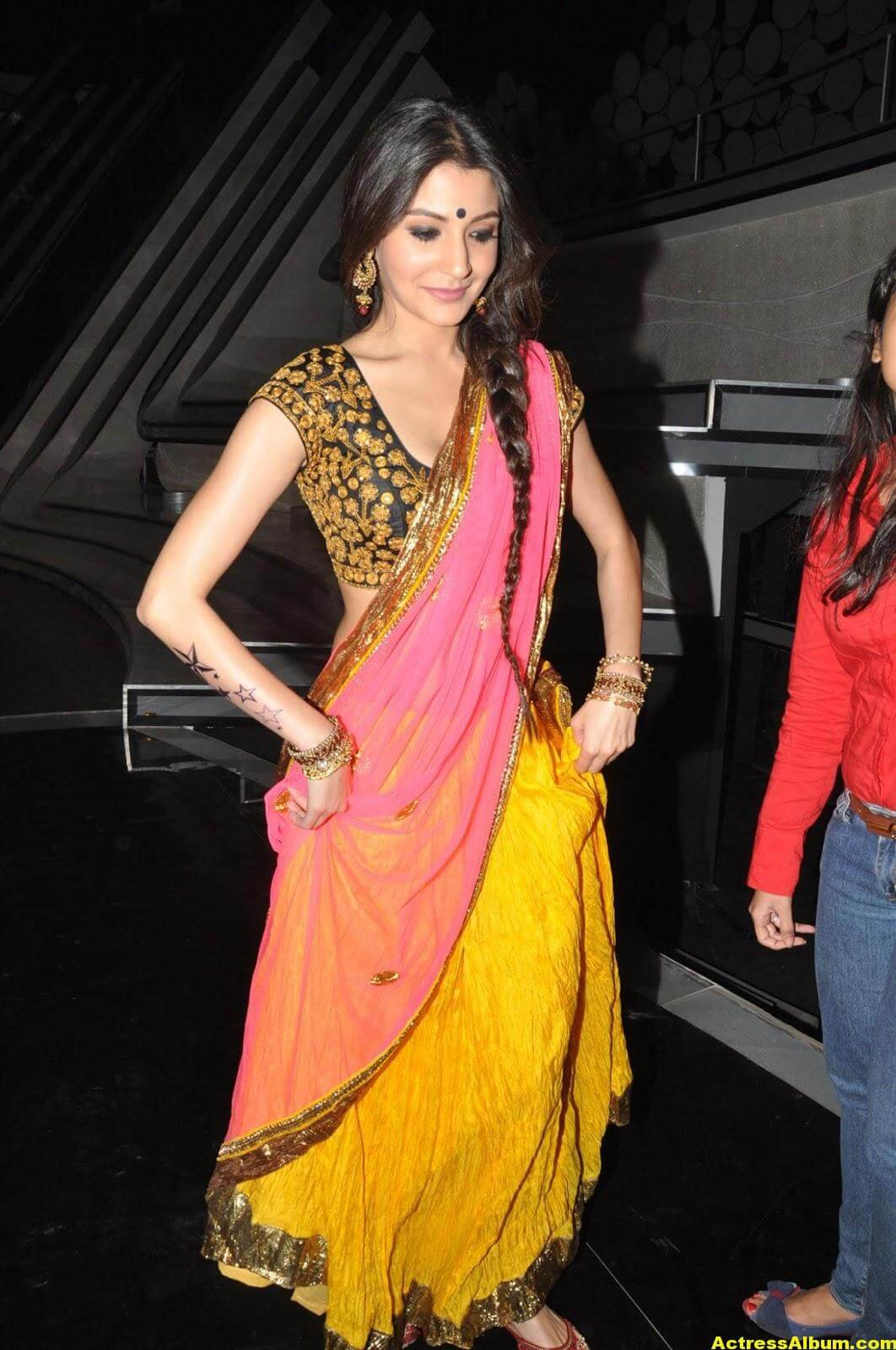 Anushka Sharma Hot Stills In Yellow Half Saree 1