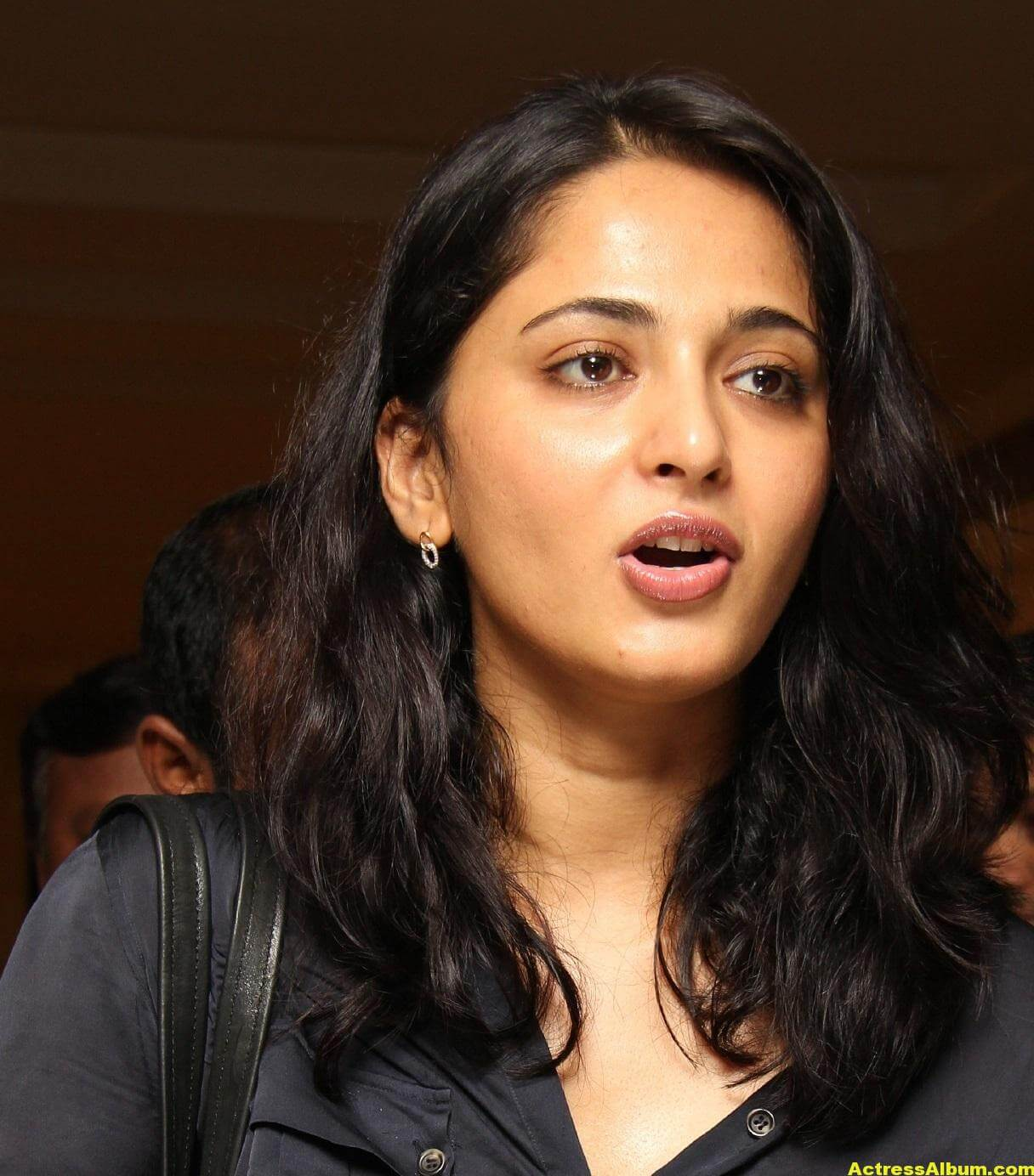 Anushka Shetty Gorgeous Face Close Up Photos 3