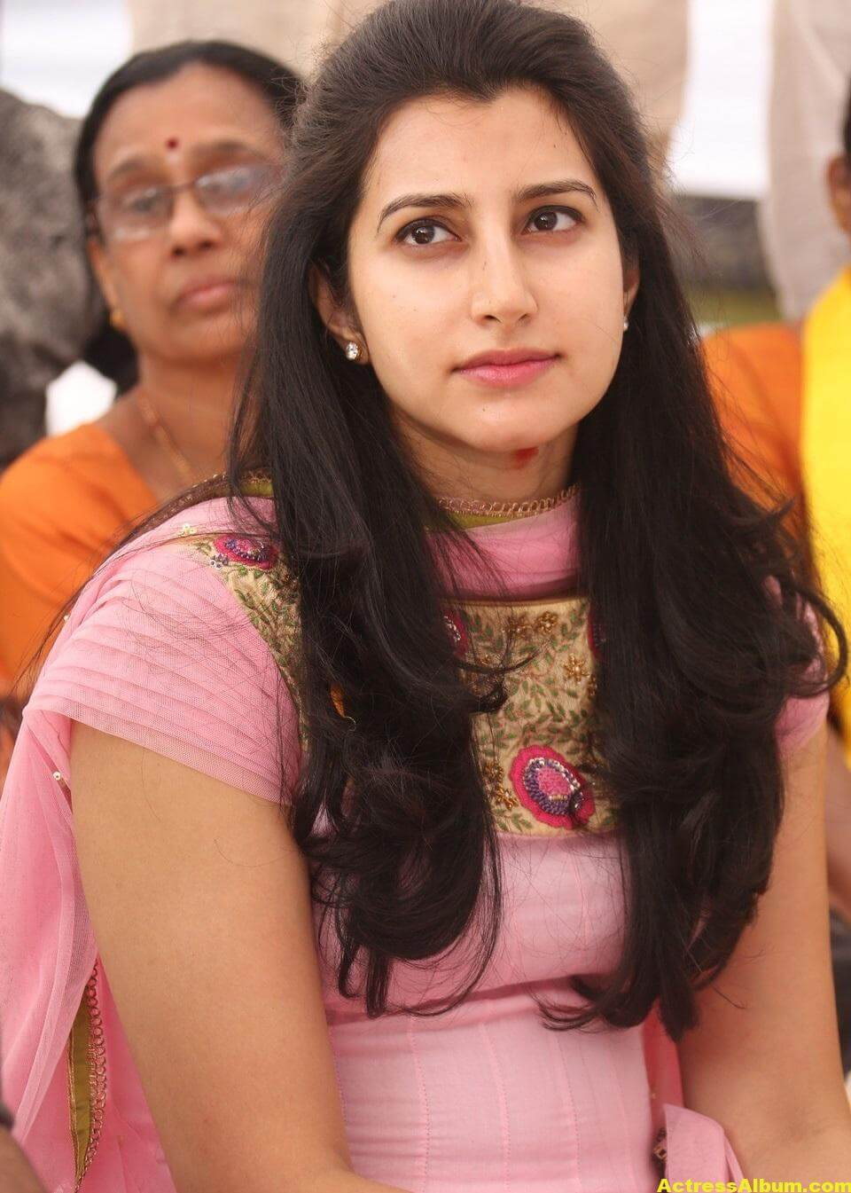 Balakrishna Daughter Brahmani Latest Photos In Pink Dress 3