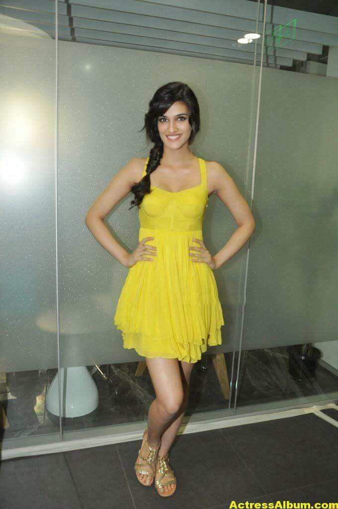 Kriti Sanon Hot Lags Show Photoshoot Stills In Yellow Top 7